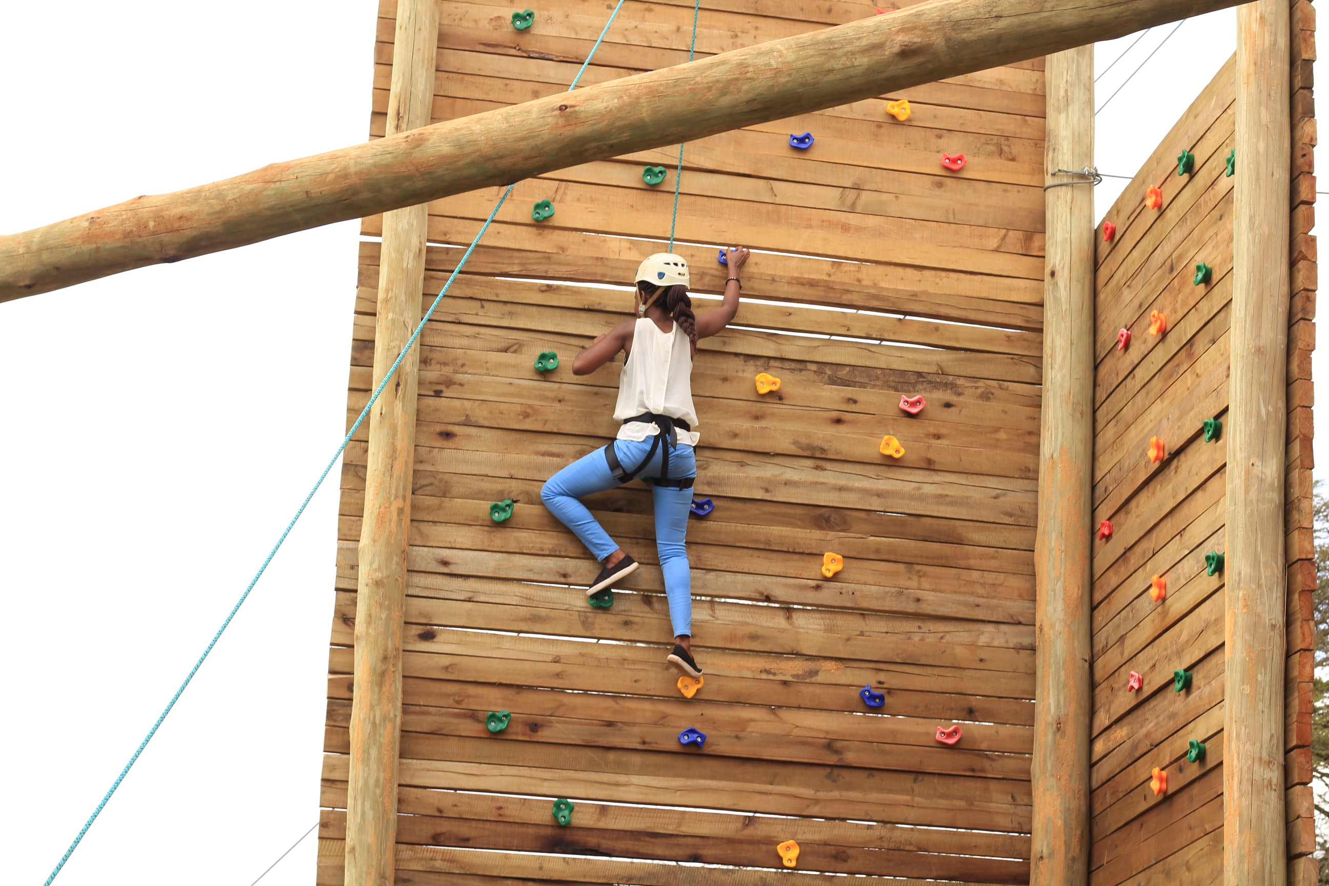 open-climbing-wall-pec